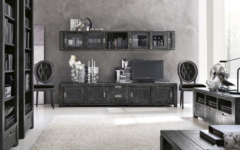 Detall moble tv rustic massis