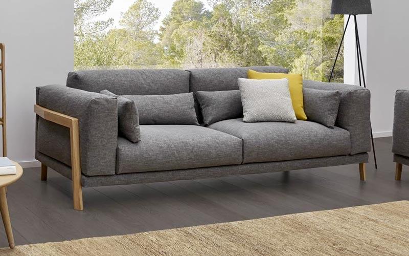 Sofas de diseo en barcelona sofa cama en barcelona foto for Tela sofa exterior